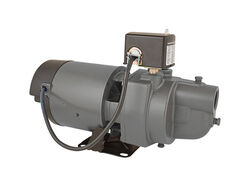 Star Water Systems  3/4 hp 930 gph Cast Iron  Shallow Well Pump