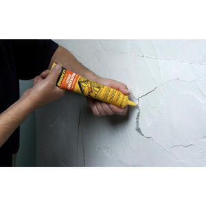 Quikrete  5.5 oz. Stucco Crack Repair