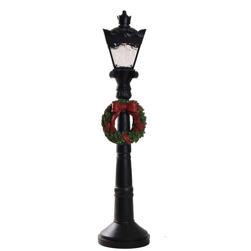 Celebrations  Lamp Post  Holiday Decoration  Multicolored  Resin  1 pk