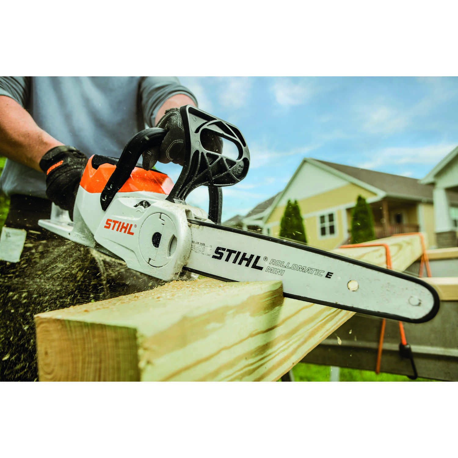 Stihl  12 in. Battery Powered  Chainsaw  MSA 120