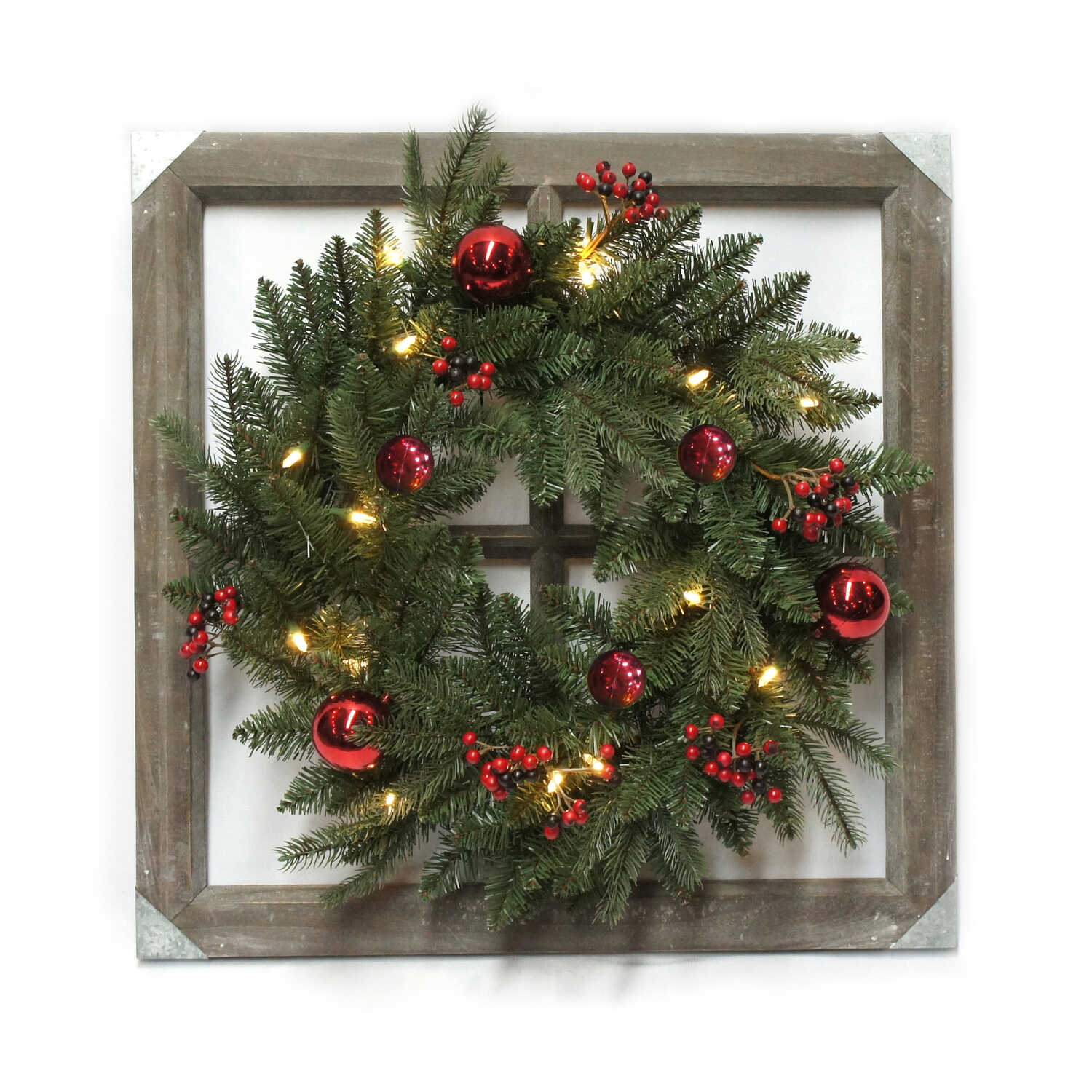 Celebrations  Prelit Green  Wreath  24 in. Dia. Warm White
