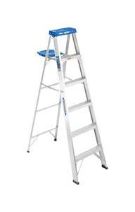 Werner  6 ft. H x 21.5 in. W Aluminum  Step Ladder  Type I  250 lb. capacity