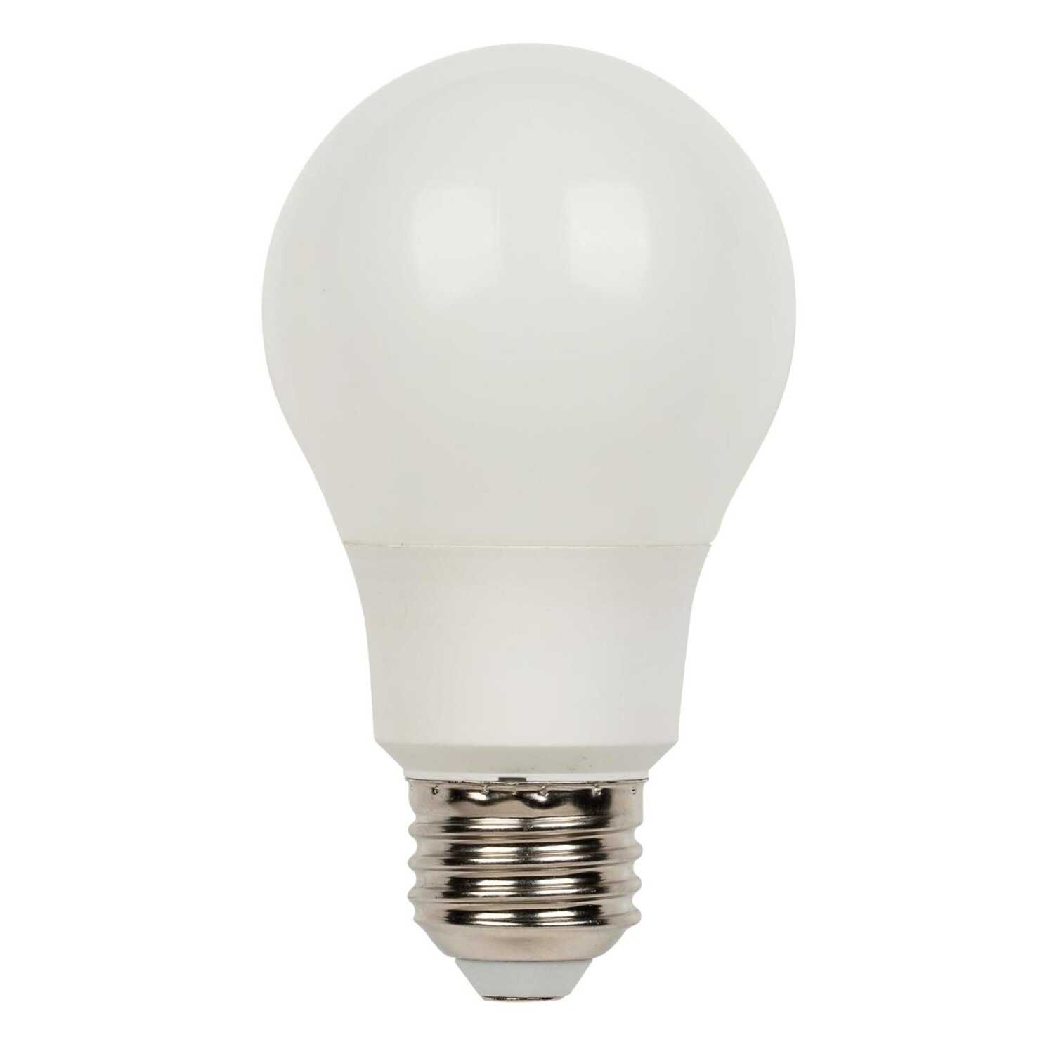 Westinghouse  A19  E26 (Medium)  LED Bulb  Daylight  40 Watt Equivalence 1 pk