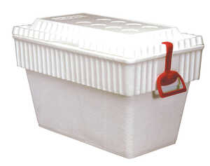 Lifoam  Senior Chest  Cooler  40 qt. White