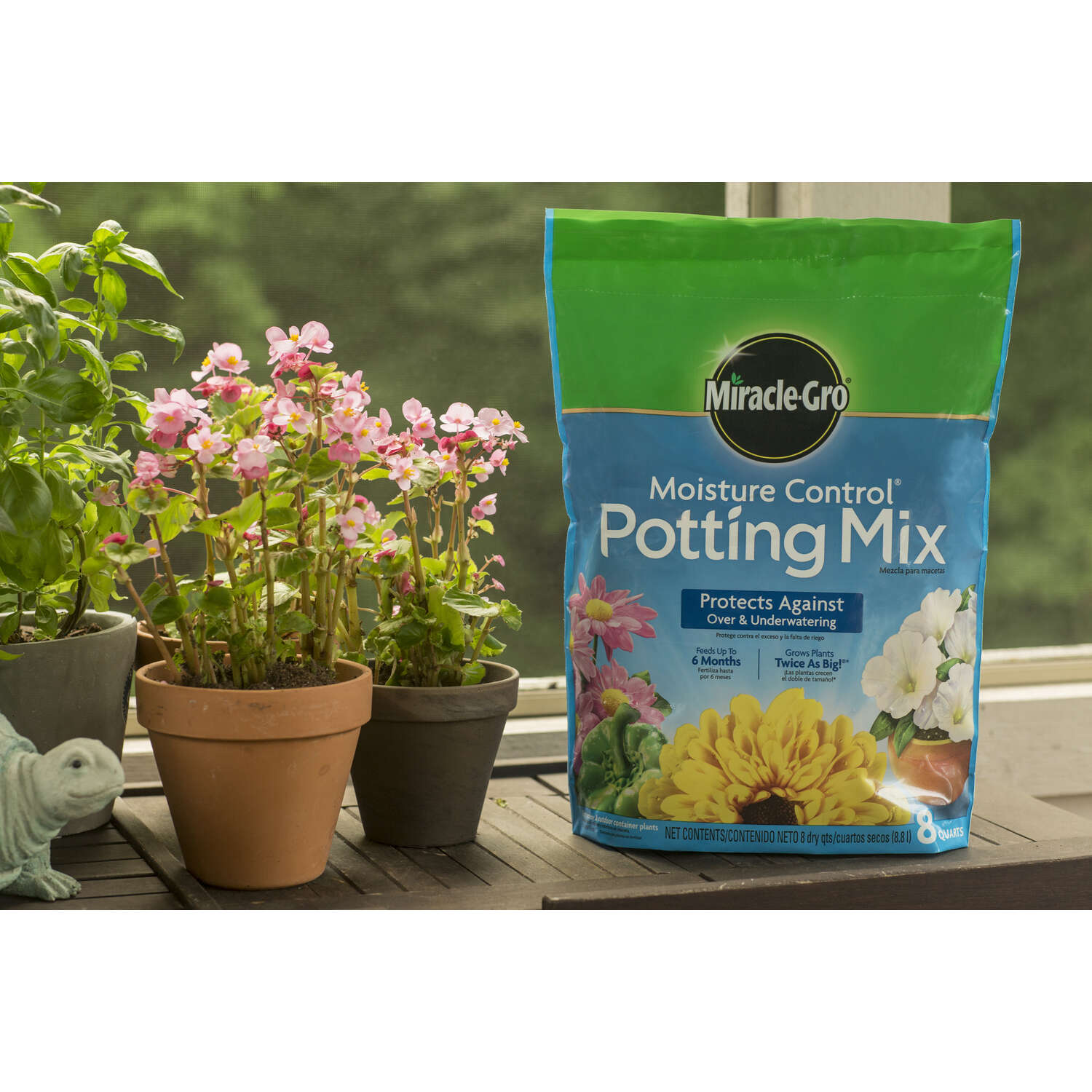 Miracle-Gro  2 cu. ft. Potting Mix