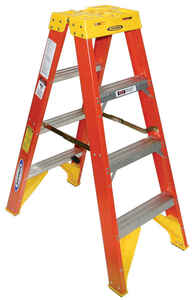 Werner  Twin Stepladder  4 ft. H x 19.88 in. W Fiberglass  Type IA  300 lb. capacity Step Ladder