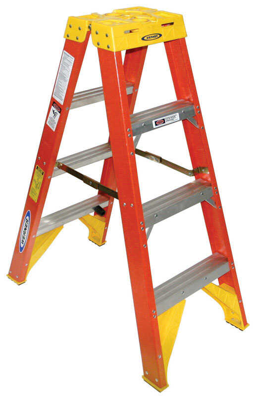 Werner  Twin Stepladder  4 ft. H x 19.88 in. W Fiberglass  Step Ladder  Type IA  300 lb. capacity