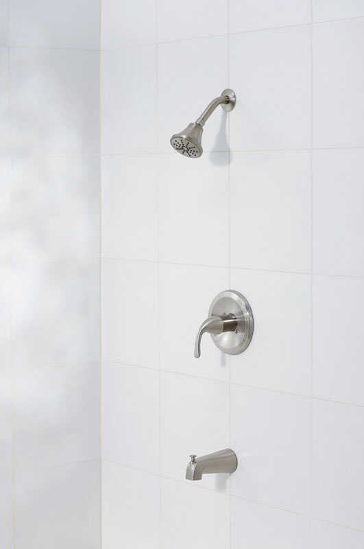 OakBrook  Coastal  1-Handle  Brushed Nickel  Tub and Shower Faucet