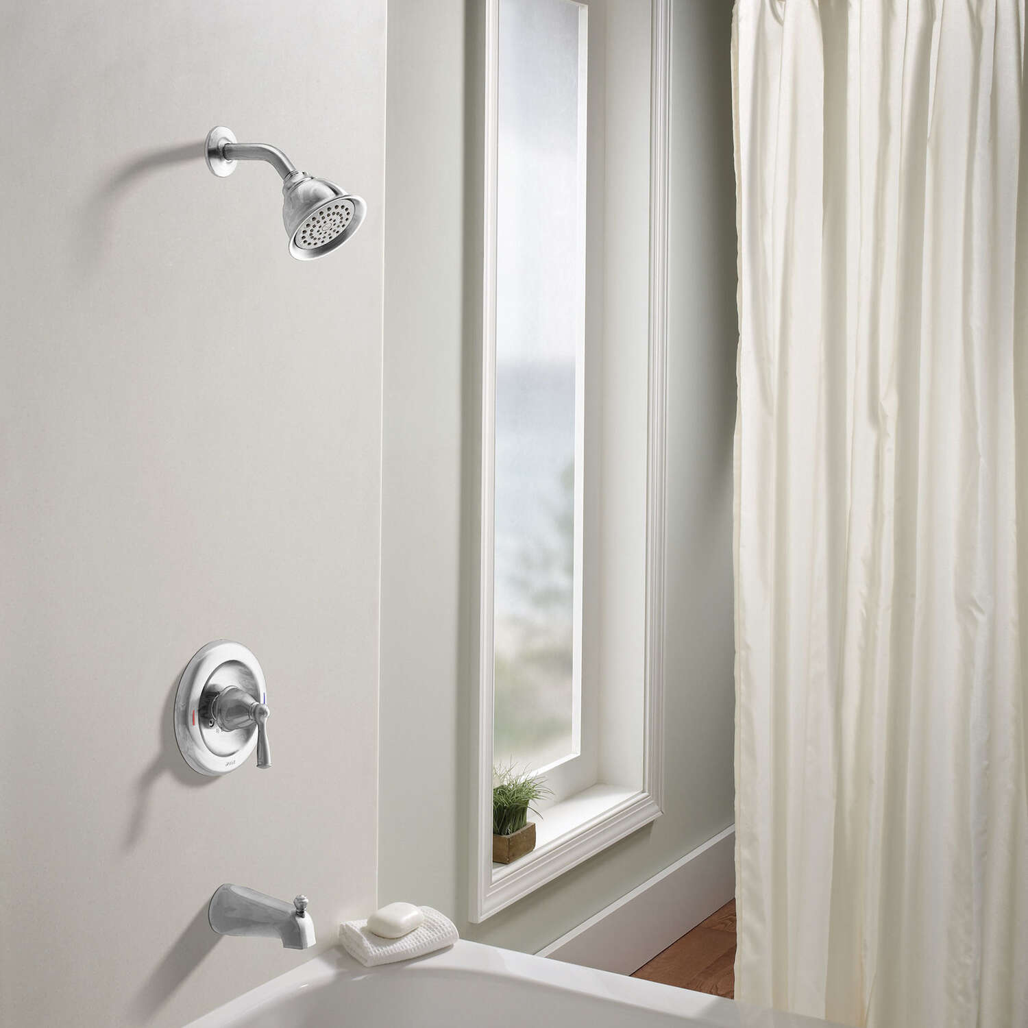 Moen  Tub and Shower Faucet  1 Handle  Banbury  Chrome Finish Metal Material