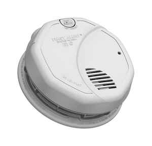 First Alert  Hard-Wired with Battery Back-up  Photoelectric/Ionization  Dual Sensor Smoke Alarm