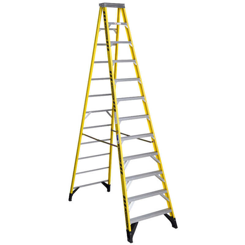 Werner  12 ft. H x 35.5 in. W Fiberglass  Step Ladder  375 lb. capacity Type IAA