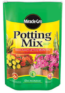Miracle-Gro  Potting Mix  16 qt.
