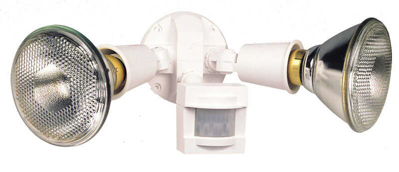 Heath Zenith  Plastic  Hardwired  Halogen  White  Floodlight  Motion-Sensing