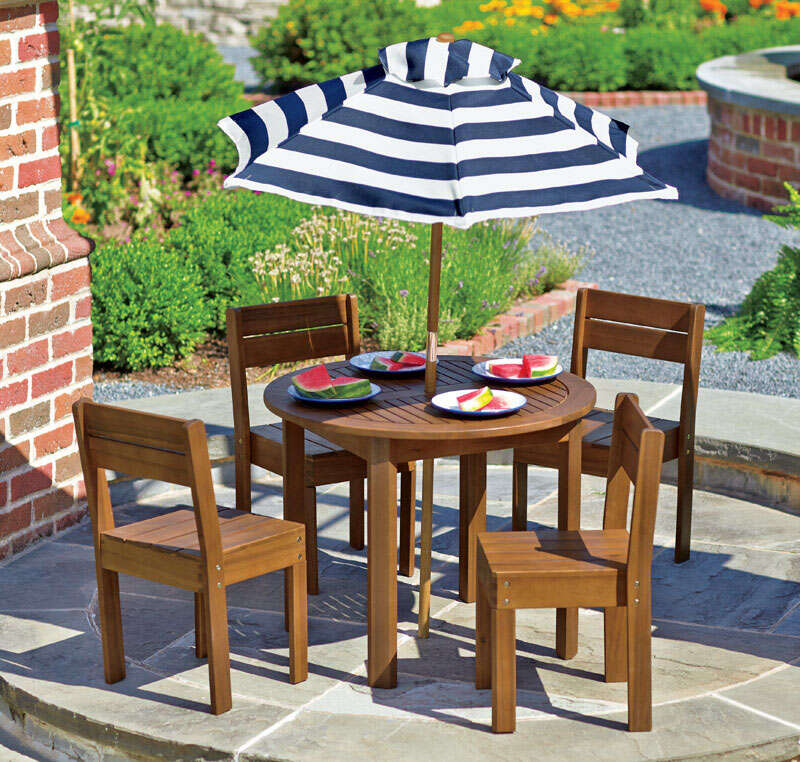 Living Accents  Kid's  6 pc. Kid's  Patio Set  Brown