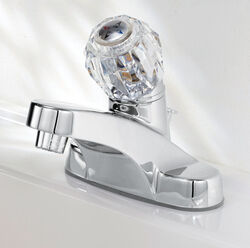OakBrook  Essentials  Chrome  Single Handle  Lavatory Pop-Up Faucet  4 in.