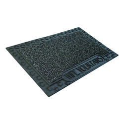 GrassWorx  Wipe Your Paws  Black  Polyethylene/Rubber  Nonslip Door Mat  30 in. L x 18 in. W