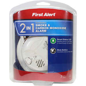 First Alert  2-in-1  Battery-Powered  Photoelectric  Smoke and Carbon Monoxide Detector