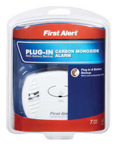 First Alert  Plug-In with Battery Back-up  Electrochemical  Carbon Monoxide Alarm