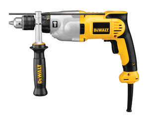 DeWalt  1/2 in. Keyed  VSR Hammer Drill  Kit 10 amps 3500 rpm