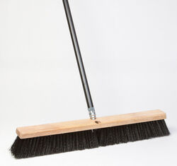 DQB  Polypropylene  18 in. Garage Push Broom