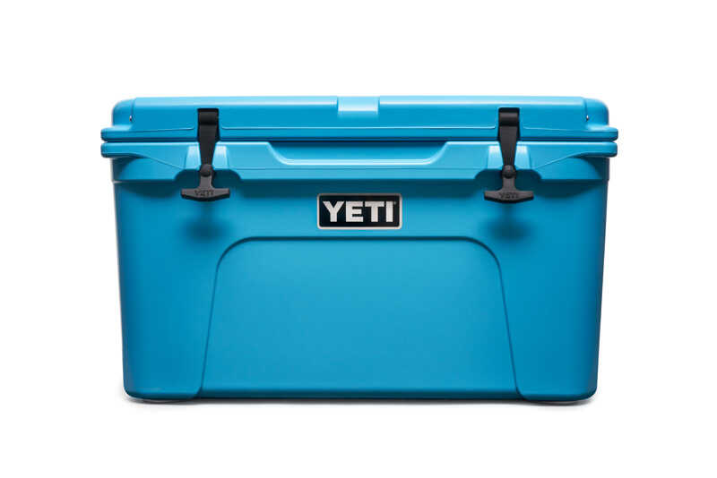 YETI  Tundra 45  Cooler  28 cans Reef Blue