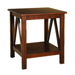 Linon Home Decor  Traditional  End Table  22.01 in. H x 20 in. W x 17.72 in. D Brown