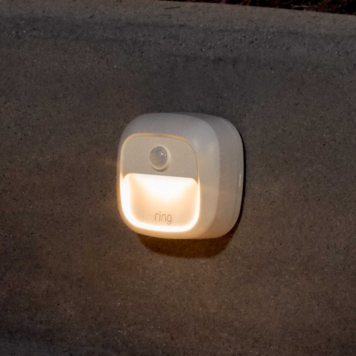 Ring  Motion-Sensing  Battery Powered  LED  White  Stair Light