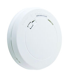 First Alert Battery-Powered Photoelectric Smoke and Carbon Monoxide Detector
