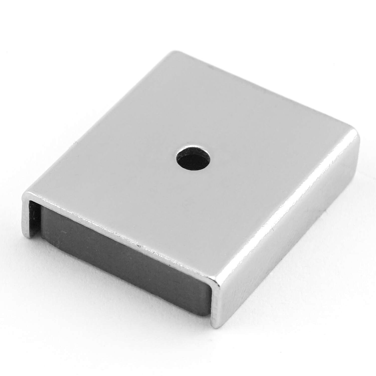 Master Magnetics  1 in. Ceramic  Latch Magnet  7 lb. pull 3.4 MGOe Silver  2 pc.