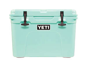YETI  Tundra 35  Cooler  20 can Green