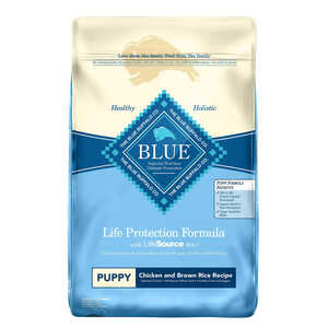 Blue Buffalo  Life Protection Formula  Chicken and Brown Rice  Dry  Dog  Food  30