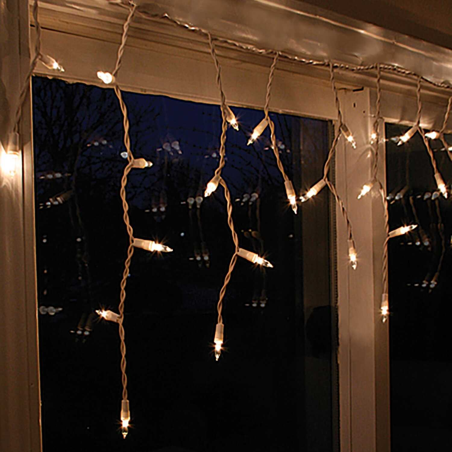 Celebrations  Incandescent  Icicle  Light Set  Clear  3.5 ft. 50 lights