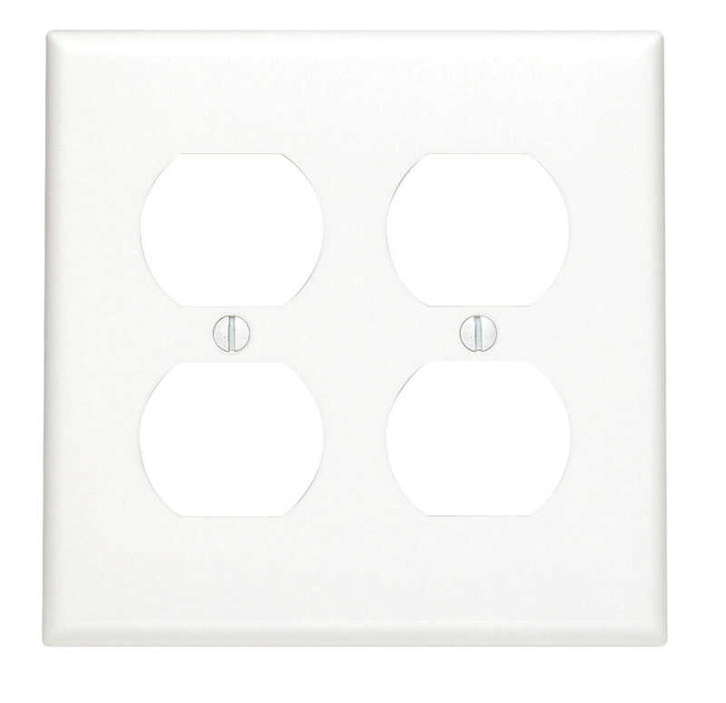 Leviton  White  2 gang Nylon  Duplex Outlet  Wall Plate  1 pk