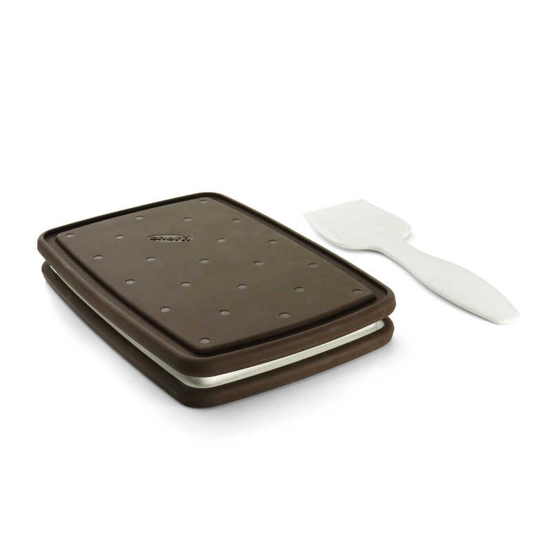 Chef'n  Sweet Spot  4 in. W x 7-1/2 in. L Brown  Ice Cream Sandwich Maker