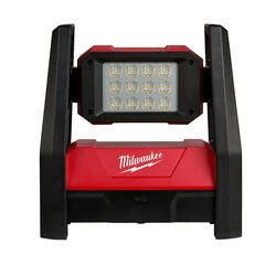 Milwaukee  M18 Rover  3000 lumens LED  Dual Power Flood Light