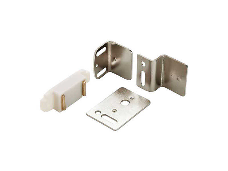 Amerock  3/4 in. W x 1-15/16 in. L White  Plastic  Magnetic Catch  1 pk