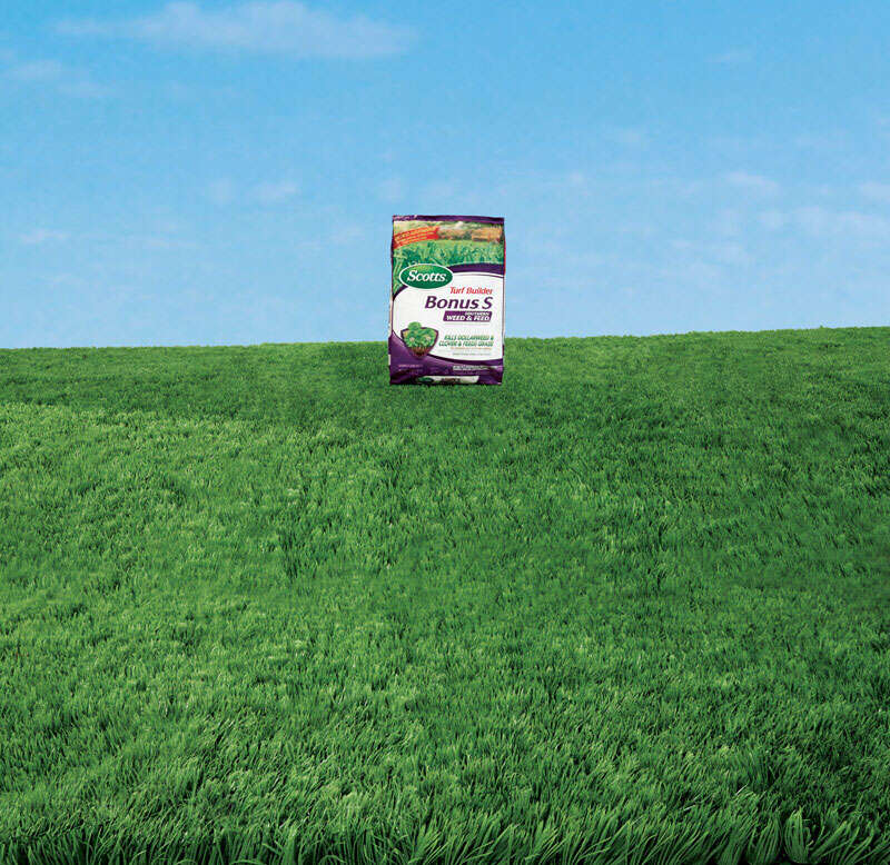 Scotts  Turf Builder Bonus S  29-0-10  Weed and Feed  For Southern