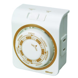 Woods  Indoor  Mechanical Outlet Timer  125 volt White