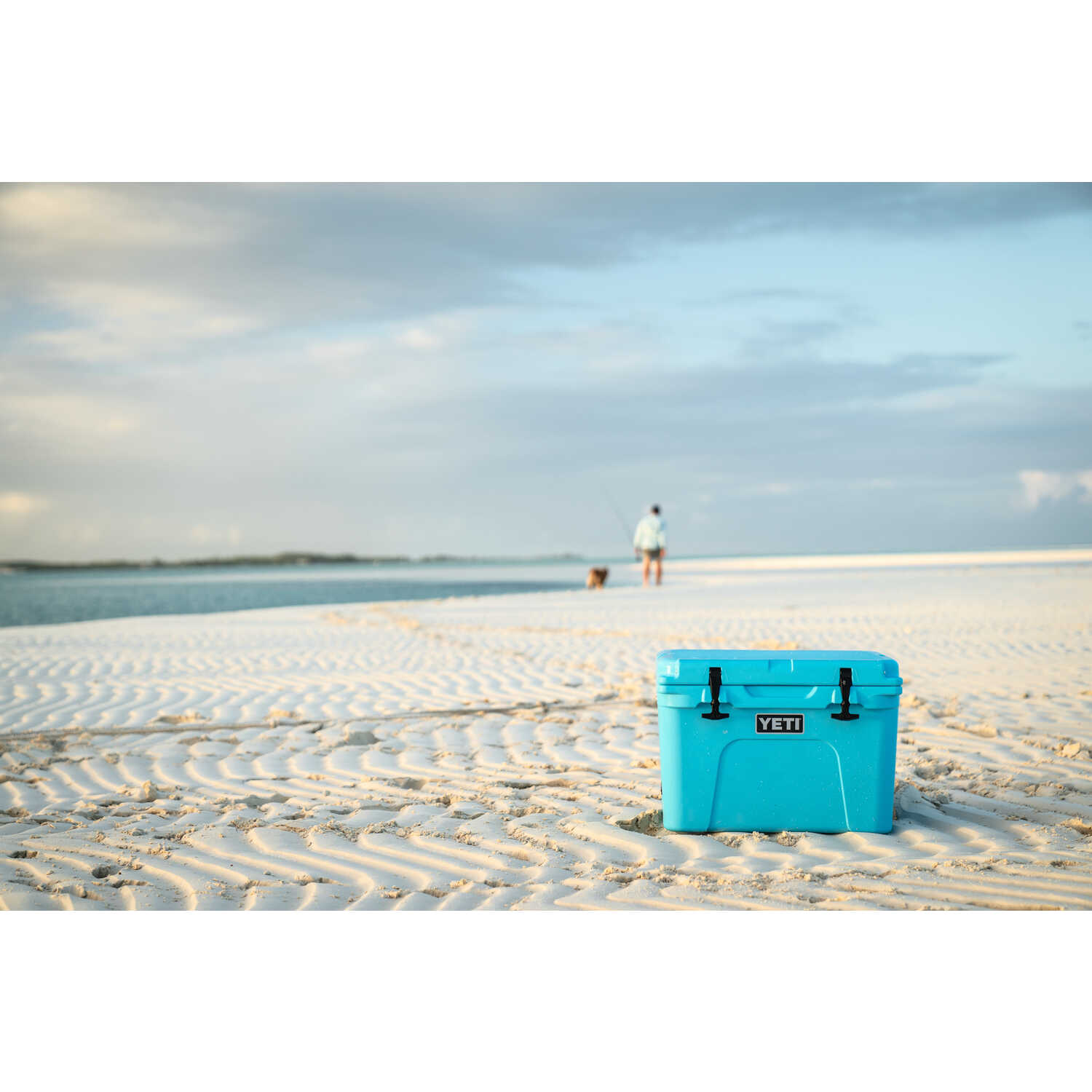 YETI  Tundra 35  Cooler  Reef Blue