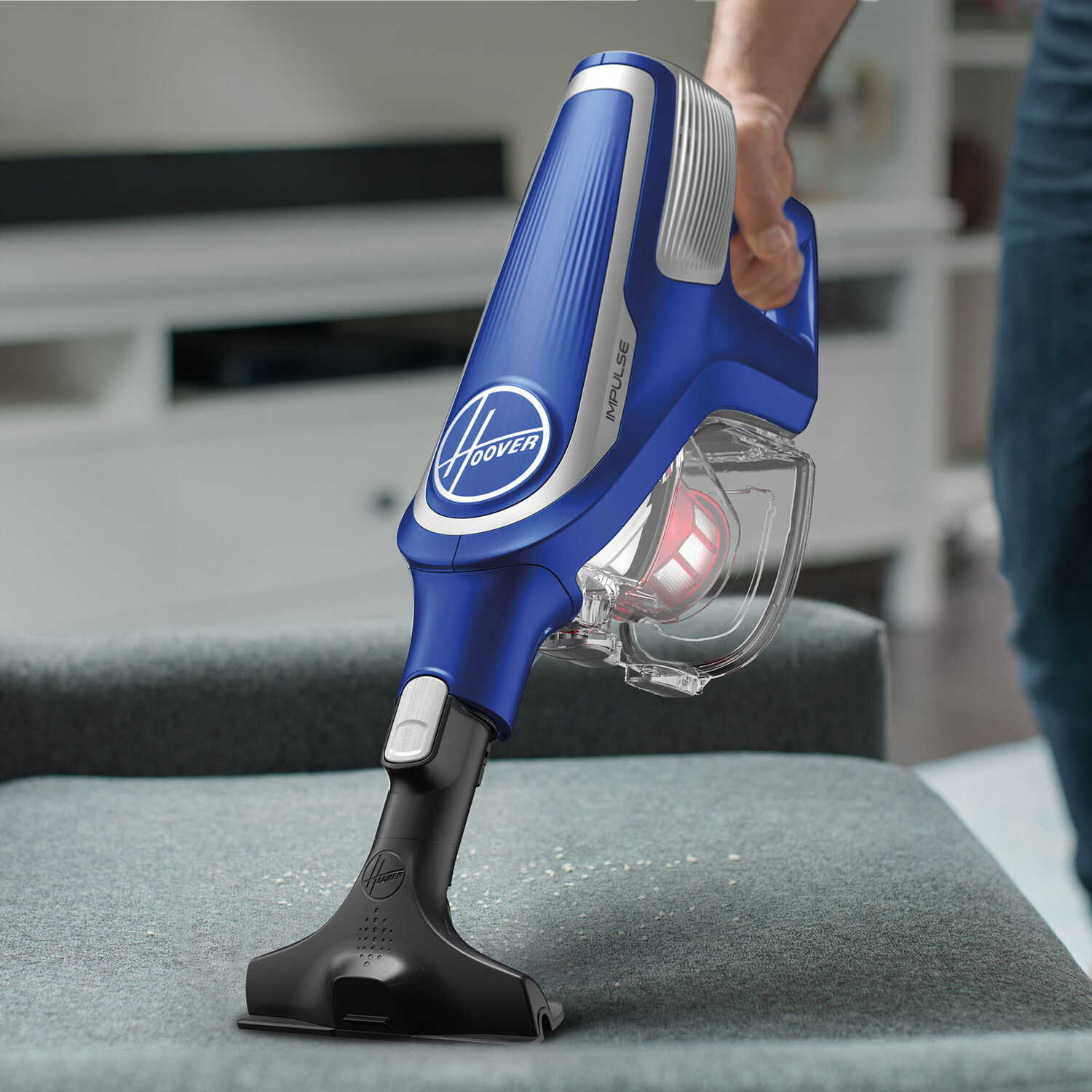 Hoover  Bagless  Cordless  Upright Vacuum  4 amps Blue  Standard