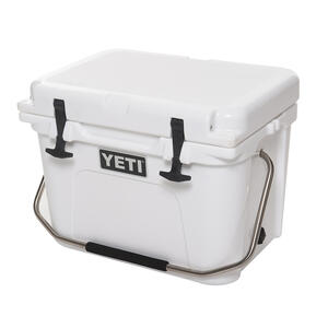 YETI  Roadie 20  Cooler  White