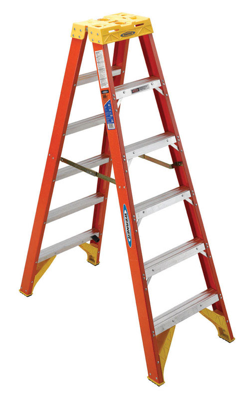 Werner  Twin Stepladder  6 ft. H x 23.38 in. W Fiberglass  Type IA  300 lb. Step Ladder