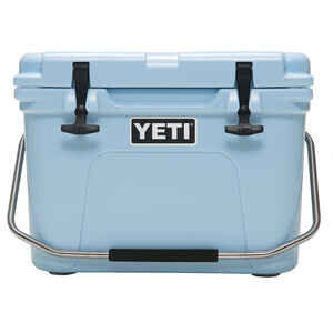 YETI  Roadie 20  Cooler  16 cans Blue