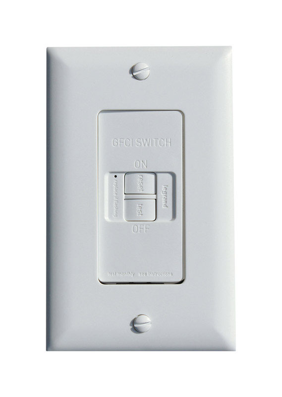 Pass & Seymour  20 amps 125 volt White  GFCI Outlet  5-20R  1