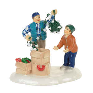 Department 56  Christmas Vacation Clark and Rusty  Village Accessory  Multicolored  Ceramic  1 pk