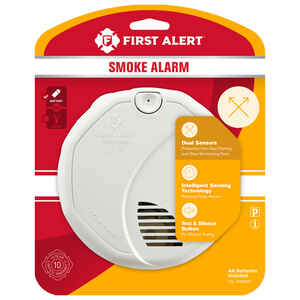 First Alert  Battery-Powered  Ionization / Photoelectric Sensor  Smoke Alarm