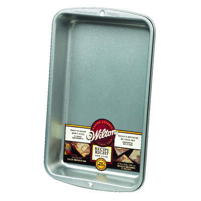 Wilton  7 in. W x 11 in. L Biscuit and Brownie Pan  Silver