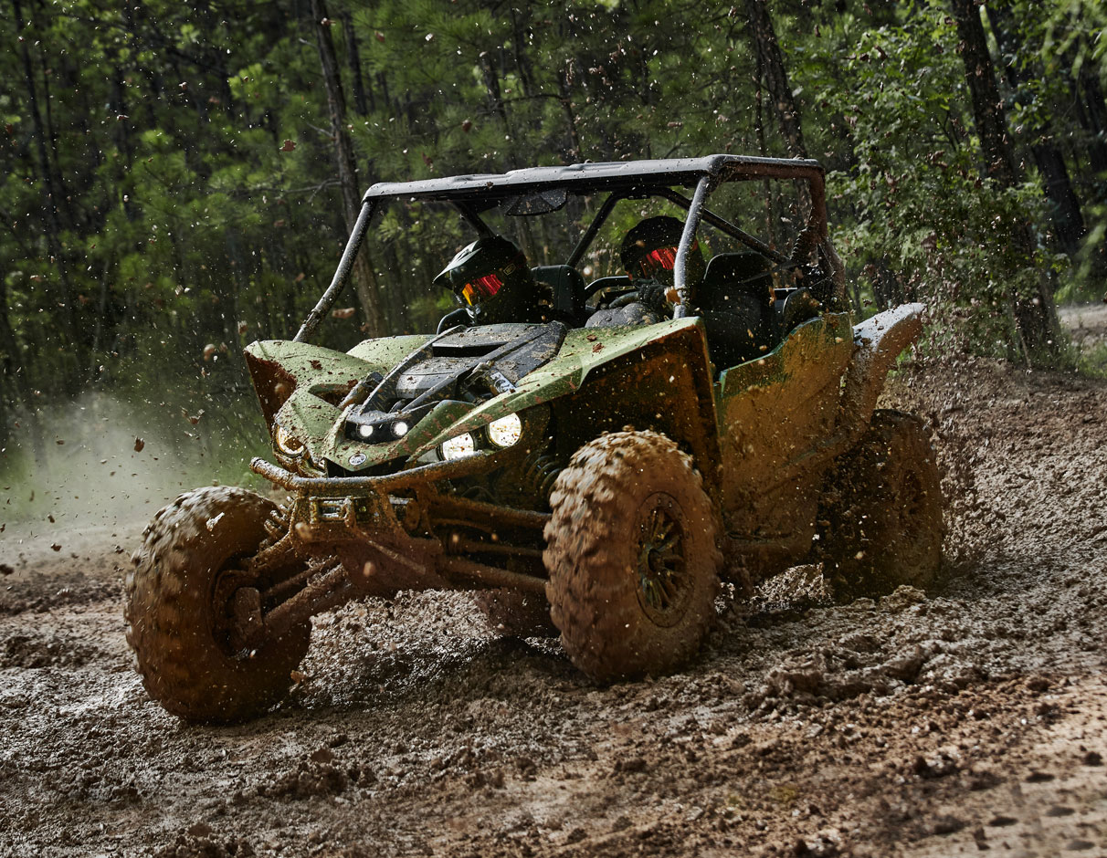 Action image of 2021 YXZ1000R SS EPS SE2